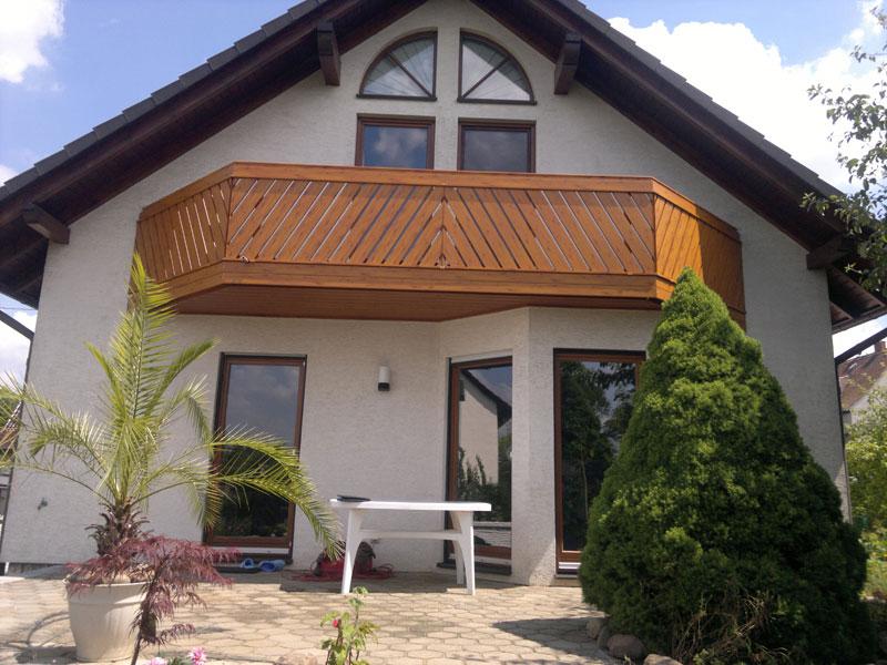 Geländer schrägverlaufend in Ost Deutschland