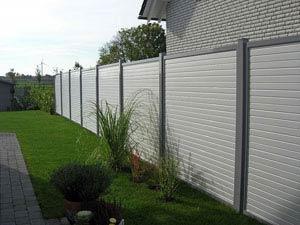 Windschutz Aluminium und Kunststoff